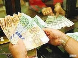 Nabídka úvěru mezi jednotlivými mýtného v předstihu.
