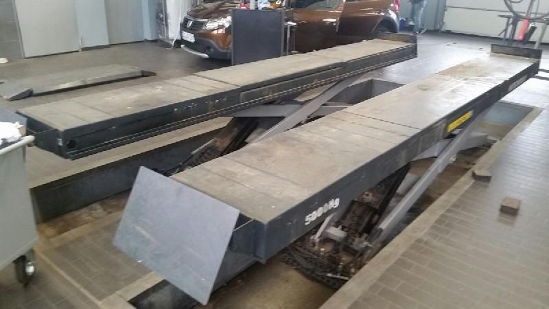Nůžkový zvedák s přípravou na geometrii, nosnost 5000kg