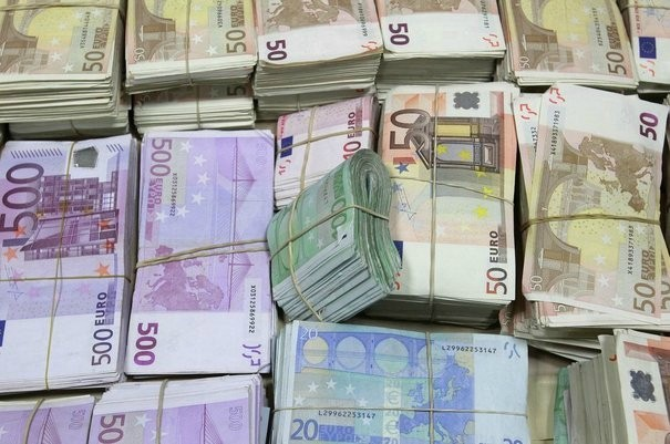 Rychlý okamžitý peněžní úvěr : Kredit.carojuan@protonmail.ch
