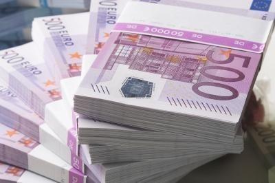Půjčky a úvěry jednotlivcům