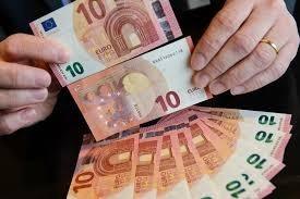 Nabídka půjčky mezi zvláště vážný a upřímný v češtině.