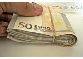 Dal jsem mu k dispozici úvěr od € 2000 až € 3000000
