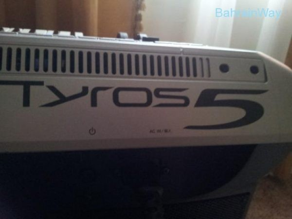 Tyros 5 Workstation,Mackie TT System32