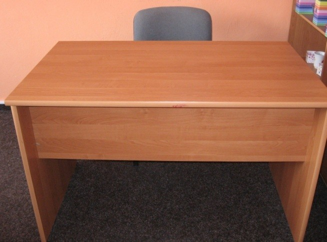 Prodám stůl ( pracovní, psací, kancelářský )