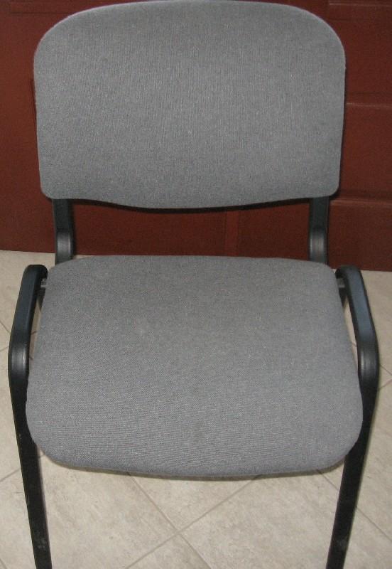 Prodám 8 konferenčních židlí - výborný stav