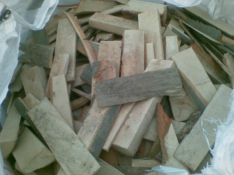 Odřezky z tvrdého a měkkého dřeva