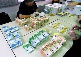 konkrétní krátkodobé a dlouhodobé půjčky v rozmezí od 1000 € 25 milionů € každý vážný člověk